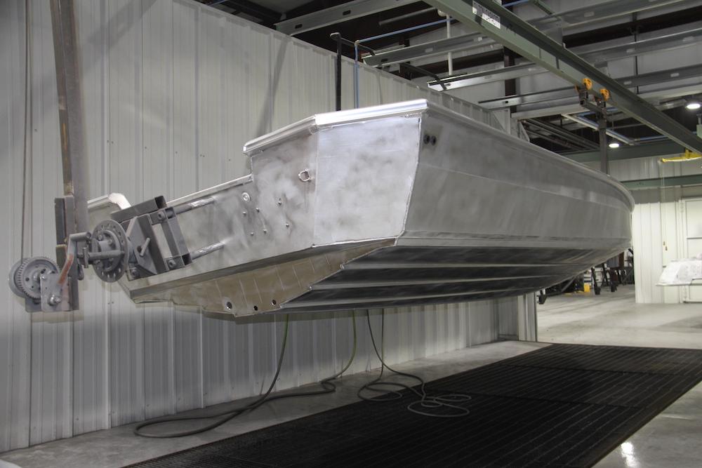 Usine Vexus  bateau sur la chaine
