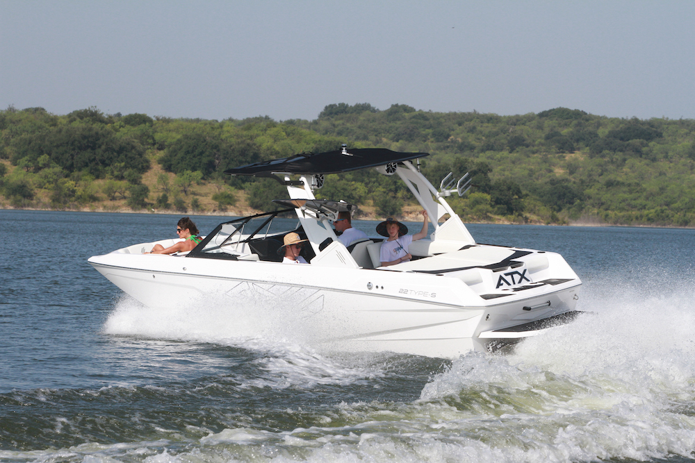 ATX 22 Type S - navigation babord