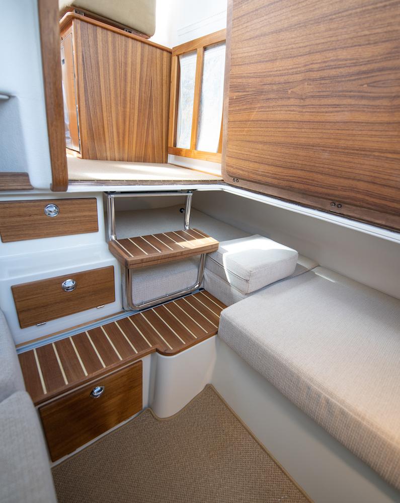 Targa 27.2 cabine arrière