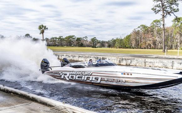 mercury racing 300r action